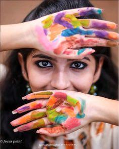 Festival Photography, Paint Photography, Couple Photography Poses, Girl Photography Poses, Abstract Photography, Creative Photography, Holi Pictures, Holi Images, Holi Girls
