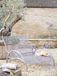 18 best wrought iron swimming pool chairs images liegen rh pinterest de