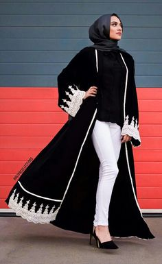 Hijab style - Black lace embroidered Abaya