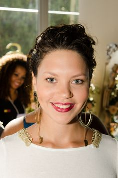 Noiva: Isabelle  Cabelo: Angélica Silva Tiara: Carmen Nazar Noivas Foto: David Arrais   #makeup #noiva #beauty #dianoiva #vemproprya #prya #belezadanoiva #Noivasrio