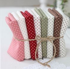 Lovely Polka Dot Linen blended WIDE Fat Eighth set by UniqueShiny, $14.80