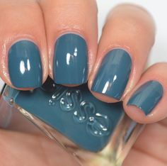 """""""Caviar Bar"""" - Essie Gel Couture After Party Collection Love Nails, How To Do Nails, Pretty Nails, My Nails, Dark Blue Nails, Blue Gel Nails, Essie Nail Polish, Gel Polish, Nail Polishes"""