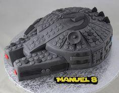 Torta Star Wars: Millenium Falcon in pasta di zucchero versione Lego    Cake Star Wars: Millennium Falcon sugar paste version Lego