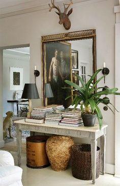 29 Spring Home Decor Everyone Should Have - Interior Design - Lori's Decoration Lab Decor, Furniture, House Design, Interior Decorating, Interior, Interior Inspiration, Decor Inspiration, House Interior, Interior Design