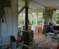JOe Hemming, artist, stone carver, part-time shed-dweller,   Bible of British Taste