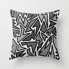 Pillow Cover  Cover Only  Black and Gray von ShelleysCrochetOle