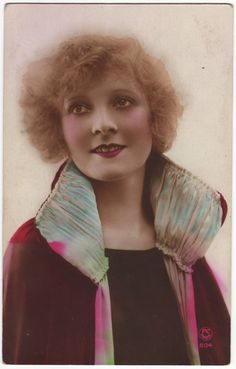 French postcard - Art nouveau flapper girl in period outfit - Hand tinted postcard - 1920's