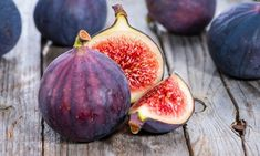 SPECIAL DEAL - Usually today just - Save A gorgeous large specimen fig tree, providing a compact version of a full sized tree, this has been grown and trained to a well established tree and wo Ficus, Health Benefits Of Figs, Clematis Trellis, Blue Fescue, Garden Express, Easy Plants To Grow, Fresh Figs, Nutrition, Fruit In Season