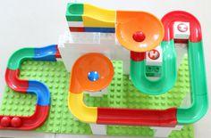 Kugelbahn von Hubelino, ein kreatives Spielzeug, hier bei drei Kindern bewährt. Mehr auf http://lifestylemommy.de/kids-spielzeugtipp-kugelbahn-von-hubelino-werbung/