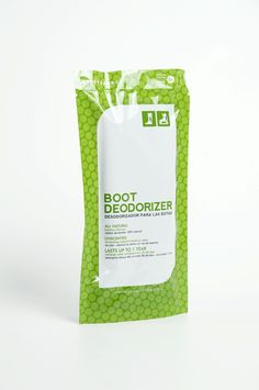 Boot Deodorizer (Pair, 50 g x 2) or call them BamBOOTIES if you want! Give STINK the BOOT! Keep your boots fresh and odour-free. Ideal for all types of boots (winter boots, work boots, steel toe, ski & snowboard boots, skates, etc.)