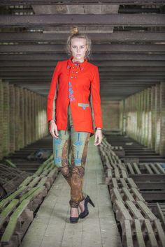 Eindcollectie opleiding Modevormgever 2013-2014 #syntrawest Ontwerp: Pauline Van Overberghe - Foto: Devid Camerlynck