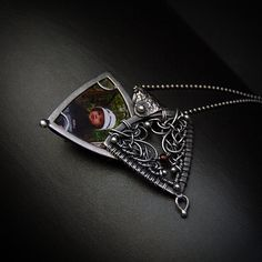 Red Locket - unique handcrafted silver locket pendant necklace with red jasper and garnet Wire Wrapped Pendant, Wire Wrapped Jewelry, Wire Jewelry, Silver Jewelry, Jewellery, Victorian Jewelry, Gothic Jewelry, Locket Necklace, Pendant Necklace