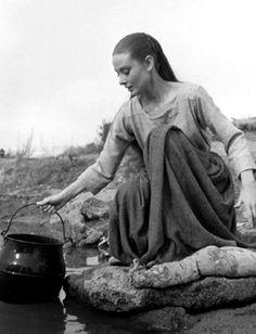 Audrey Hepburn on set; The Unforgiven, 1960.