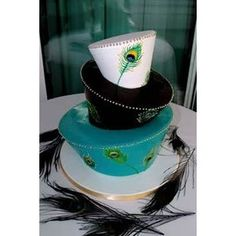 Black, blue and white three tier retro style mad hatter wedding cake with peacock feathers Peacock Foods, Peacock Cake, Peacock Wedding Cake, Feather Cake, Peacock Theme, Retro Wedding Cakes, Wedding Cake Designs, Wedding Ideas, Wedding Colors