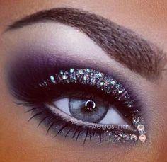 Rhinestone, Silver and Black Smokey Eye Makeup - Lashes - Gorgeous! ❤︎