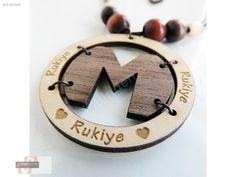 TASARIMLI İSME ÖZEL AHŞAP KOLYE - Bijuteri Kolye modelleri ve Bayan takı mücevher çeşitleri sahibinden.com'da - 171257620