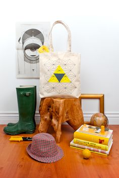 This was originally pinned by someone for the bag, but look at the stump that was made into a stool that is way cooler.
