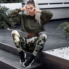 Which Outfit You Would Love to Wear😍 .Tag your friends… – unbendable-affairs Swag Outfits, Sport Outfits, Trendy Outfits, Urban Fashion, Teen Fashion, Fashion Outfits, Fashion Fall, Fashion Advice, Fashion Men