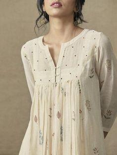 Custom made Designer Dresses Pakistani Dresses, Indian Dresses, Indian Outfits, Pakistani Bridal, Stylish Dresses, Casual Dresses, Fashion Dresses, Long Dresses, Party Dresses