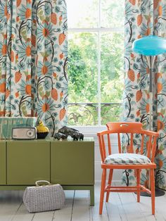 Maharani wallpaper and fabric from Osborne & Little is really something special. Learn why in this post.