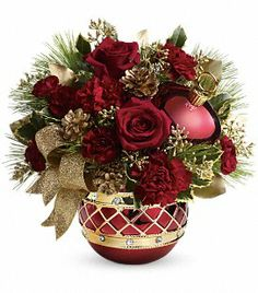 Jeweled Ornament Bouquet This stunning ornament shimmers with golden accents and rhinestones - the perfect complement to a lush Christmas bouquet of roses and holiday touches. What a glorious way to send your holiday best! Lush Christmas, Christmas Flowers, Christmas Wreaths, Christmas Flower Arrangements, Holiday Centerpieces, Floral Arrangements, Gift Bouquet, Christmas Giveaways, Center Pieces