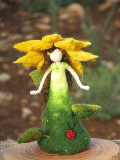 Aguja de fieltro muñeca inspirada waldorf el por Made4uByMagic