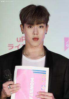 Monsta X Shownu, Hyun Woo, Singer, Kpop, Polaroids, Random Stuff, Guys, Twitter, Heart