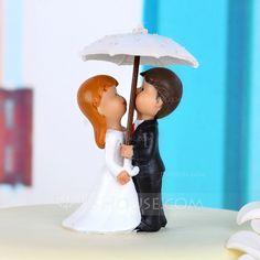 Kake Topper - $15.99 - Romantisk øyeblikk Harpiks Bryllup Kake Topper (119038316) http://jjshouse.com/no/Romantisk-oyeblikk-Harpiks-Bryllup-Kake-Topper-119038316-g38316