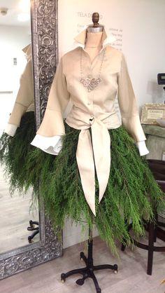 ¡Tenemos detalles especiales para ti!  Descubre todo en nuestra tienda en el Centro Ciudad Comercial Tamanaco.  #GriseldaTovar #Moda #Mujeres #Navidad2014 #ChristmasAndLove