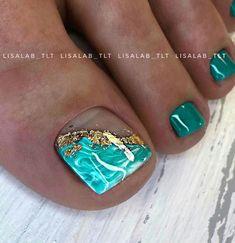 French Pedicure, Pedicure Nail Art, Toe Nail Art, Mani Pedi, Toe Nails, Green Nail Polish, Green Nails, Gel Polish, Pedicure Designs