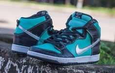 "promo code 0bf3c 6af55 Nike SB Dunk High ""Tiffany†(First Look"