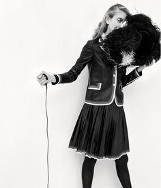 WSJ Magazine December 2016 / January 2017 The Decisive Moment Photography: Zoe Ghertner Model: Ally Ertel Styling: Brian Molloy Wsj Magazine, Prep Style, Fashion Advertising, Paris Street, Fashion News, Ballet Skirt, Street Style, Suits, Portrait