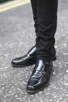 Sartorial Sunday - Mens Fashion - black skinny jeans, double monk strap shoes