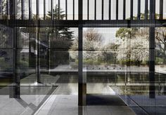 The Museum, 2014 [arquitecto: Yoshio Taniguchi]. Impresión cromogénica sobre Diasec, 160 x 221 cm.  © Roland Fischer