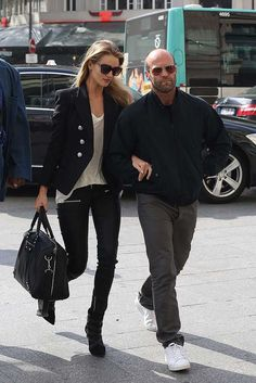 Rosie and Jason never fail to look nothing short of show-stopping on the red carpet – and the same clearly applies off-duty. Celebrity Couples Best Fashion Street Style Looks Outfits | Fashion, Trends, Beauty Tips & Celebrity Style Magazine | ELLE UK