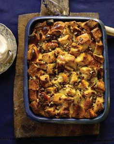 Bourbon Bread Pudding : The Neelys' bread pudding has flavor, crunch and Bourbon Street flair. Bourbon-soaked brioche bread makes for a hearty Creole-style dessert, straight out of New Orleans. Bourbon Bread Pudding, Bread Puddings, Brioche Bread Pudding, Food Network Recipes, Cooking Recipes, Bread Recipes, Cookbook Recipes, Yummy Recipes, Comfort Food