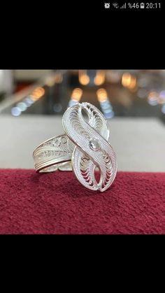 Filigree Jewelry, Filigree Ring, Silver Filigree, Metal Working, Silver Rings, Wedding Rings, Jewels, Engagement Rings, Creative