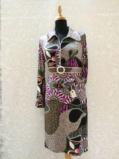 Line2Line model K248 - Fantasien sætter ingen grænser her, hvor der kan gå lang tid før du har opdaget hver eneste, fantastiske detalje ved denne kreative model. High Neck Dress, Dresses For Work, Fashion, Creative, Turtleneck Dress, Moda, Fashion Styles, Fashion Illustrations, Fashion Models