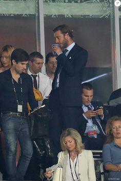 Pierre Casiraghi - Louis Ducruet, Pierre et Andrea Casiraghi supportent l'équipe belge lors du match de l'Euro 2016 entre la Suède et la Belgique à Nice le 22 juin 2016. La Belgique gagne 1-0 et rejoint les huitièmes de finale. © Cyril Moreau / Bestimage