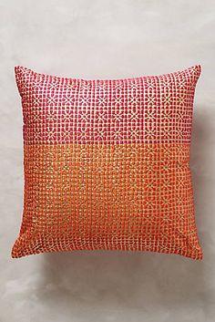 Jali Pillow