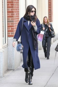 Kendall Jenner looking SO autumn | http://www.cosmopolitan.co.uk/fashion/celebrity/news/a30601/kendall-jenner-is-so-fashion/