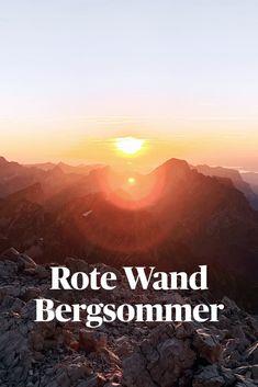 Wer den Bergsommer in Lech hautnah erleben möchte, sollte eines nicht verpassen – den Sonnenuntergang auf dem Gipfel der Mohnenfluh auf 2.542 m. Berg, Movies, Movie Posters, Red Walls, Sunset, Summer, Films, Film Poster, Cinema
