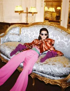 uffff 70s Fashion, Fashion Shoot, Look Fashion, Editorial Fashion, High Fashion, Fashion Design, Disco Fashion, Seventies Fashion, Classy Fashion