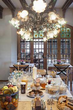 Can Borrell  Interior  finca modernista rodeada de 30 Ha de terreno. Fue restaurada en 1912 por el arquitecto Batllevell, el discípulo de Gaudí.  Castellar del Vallès (Barcelona) Catalonia