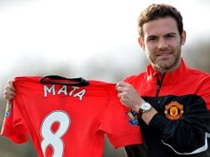 """Juan Mata has quickly taken the opportunity to talk up new Manchester United team-mate Wayne Rooney, saying he is one of the best English players """"in history"""". Wayne Rooney, Manchester United Football, Number 9, Man United, Tottenham Hotspur, The Unit, Sports, Mens Tops, Juan Mata"""