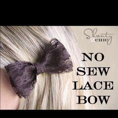 DIY No Sew Lace Bow DIY Hair Clips! I dont usually wear bows but it might be cute on the back of a messy bun or something Diy Hair Bows, Diy Bow, Diy Hair Clips, Diy Hairstyles, Pretty Hairstyles, Do It Yourself Jewelry, Diy Kleidung, Diy Accessoires, Lace Hair