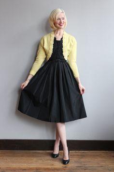 1950s Sweater // Honeysuckle Cropped Cardigan by dethrosevintage