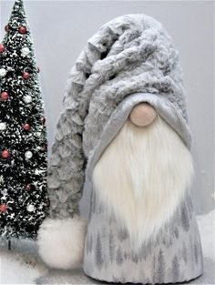 Your place to buy and sell all things handmade - Gnomes, Tomte, Nisse or Tonttu. In Scandinavian countries, these little creatures guard your home. Easy Christmas Crafts, Christmas Gnome, Christmas Projects, Simple Christmas, Christmas Decorations, Etsy Christmas, Scandinavian Gnomes, Scandinavian Christmas, Gnome Ornaments