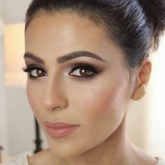 Wedding Day Makeup For Brown Eyes - schöne Augen - Make Up Wedding Makeup For Brunettes, Wedding Makeup For Brown Eyes, Wedding Makeup Tips, Natural Wedding Makeup, Wedding Makeup Looks, Bridal Hair And Makeup, Hair Makeup, Eye Makeup, Natural Makeup