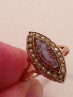Antique Victorian 9ct Rose Gold Hardstone Cameo & Seed Pearl Marquise Ring